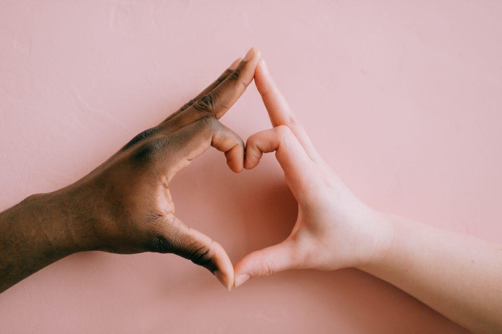 Ayudar a los niños a responder a los actos de racismo