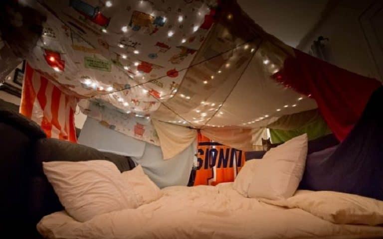 cabaña con cama