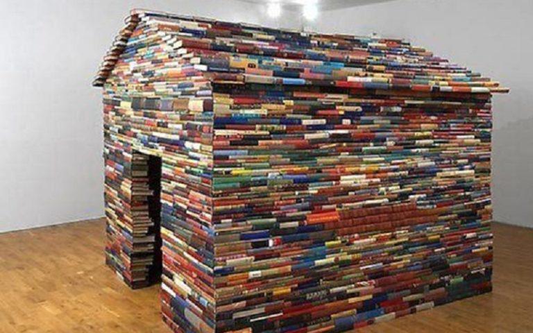 cabana con libros